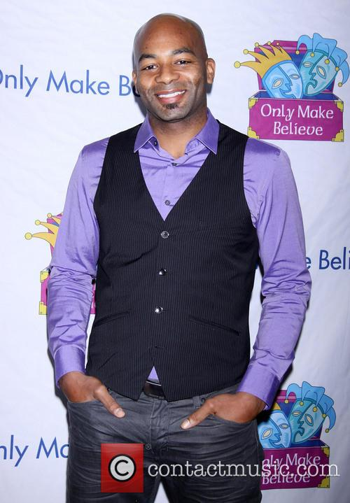 brandon victor dixon only make believe gala arrivals 3936437
