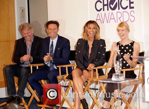Fred Nelson, Mark Burnett, Ciara and Beth Behrs 2