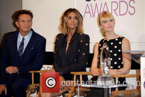 Mark Burnett, Ciara and Beth Behrs 4