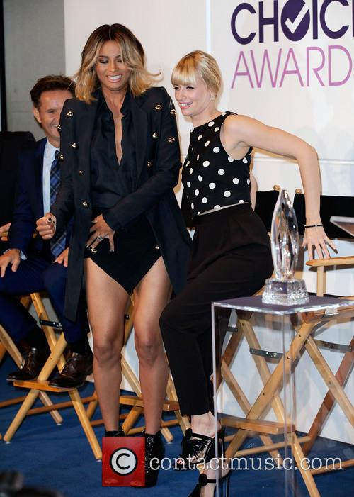 Mark Burnett, Ciara and Beth Behrs 1