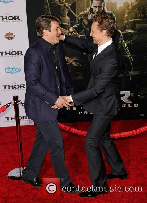 Nathan Fillion and Tom Hiddleston 4