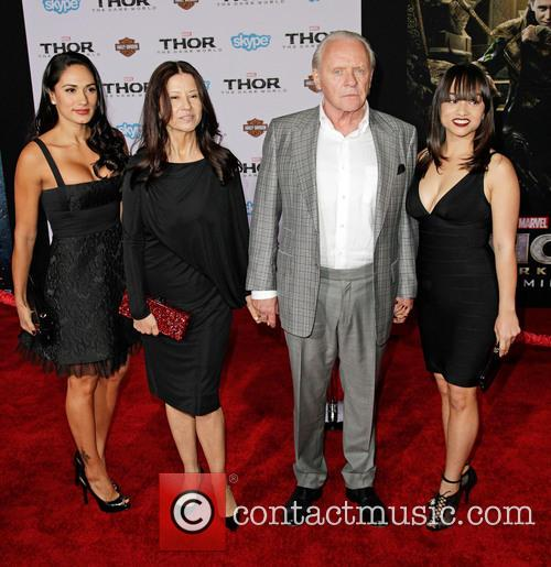 Stella Arroyave, Sir Anthony Hopkins and Family
