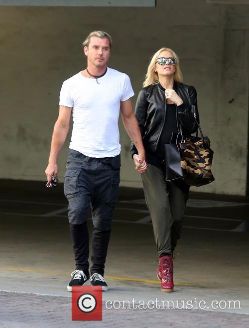 Gwen Stefan In High Heeled Dr Martens Boots