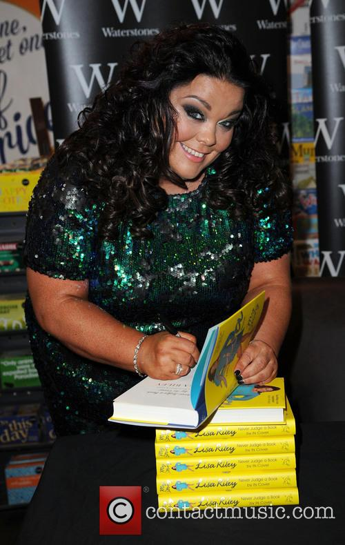 Lisa Riley 16