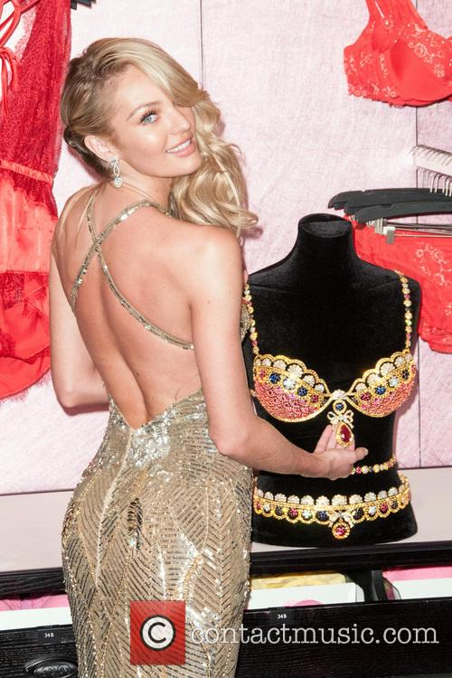 Victoria's Secret Presents The Royal Fantasy Bra