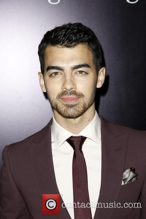 Joe Jonas 7
