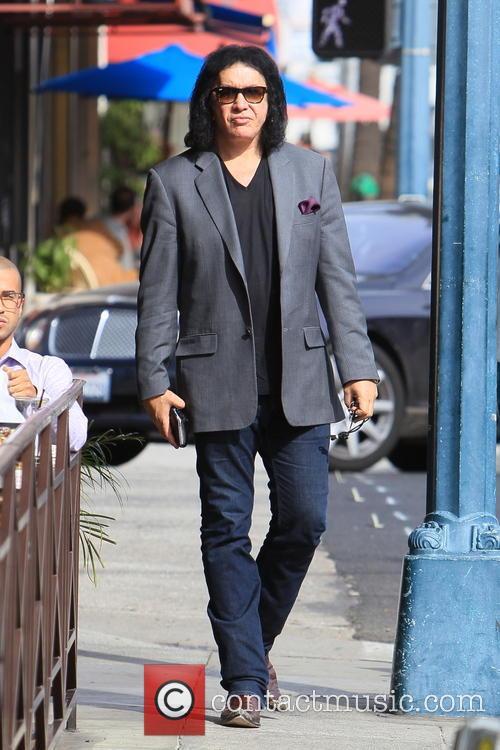 Gene Simmons seen leaving Panini Cafe