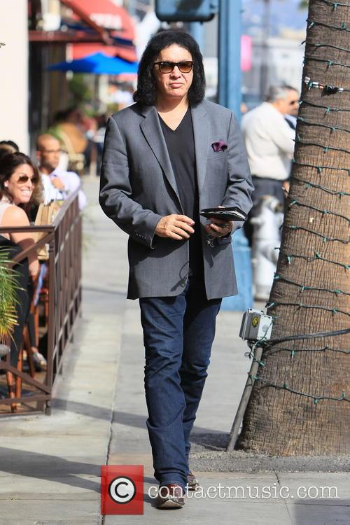 Gene Simmons seen leaving Panini Cafe