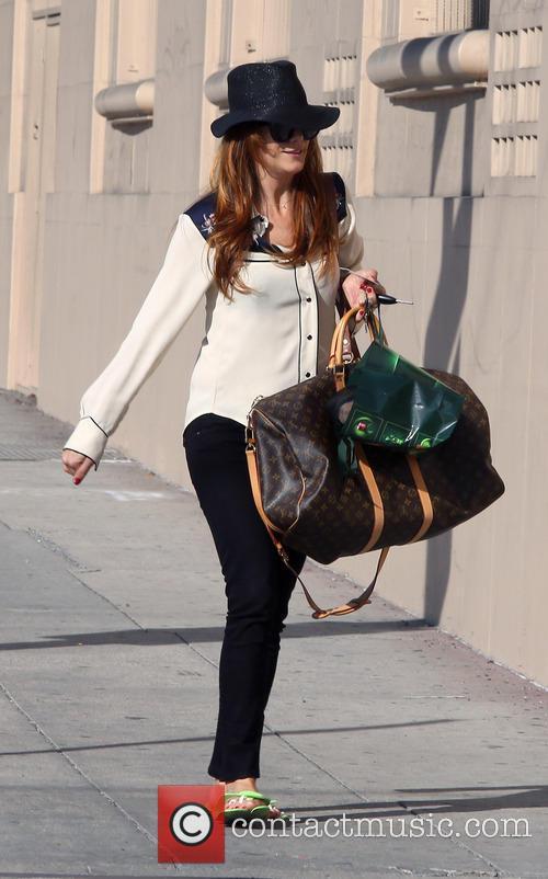 Kate Walsh In Green Flip Flops