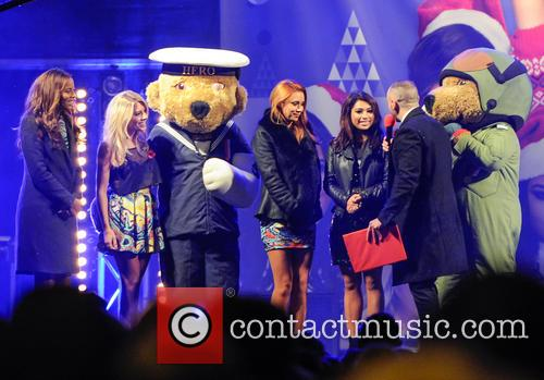 The Saturdays, Una Healy, Rochelle Humes, Vanessa White, Mollie King and Atmosphere 3