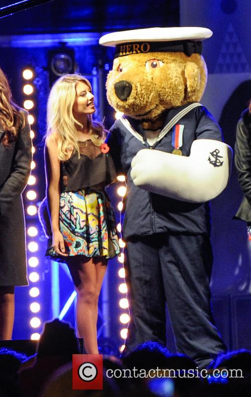 The Saturdays, Una Healy, Rochelle Humes, Vanessa White, Mollie King and Atmosphere 1