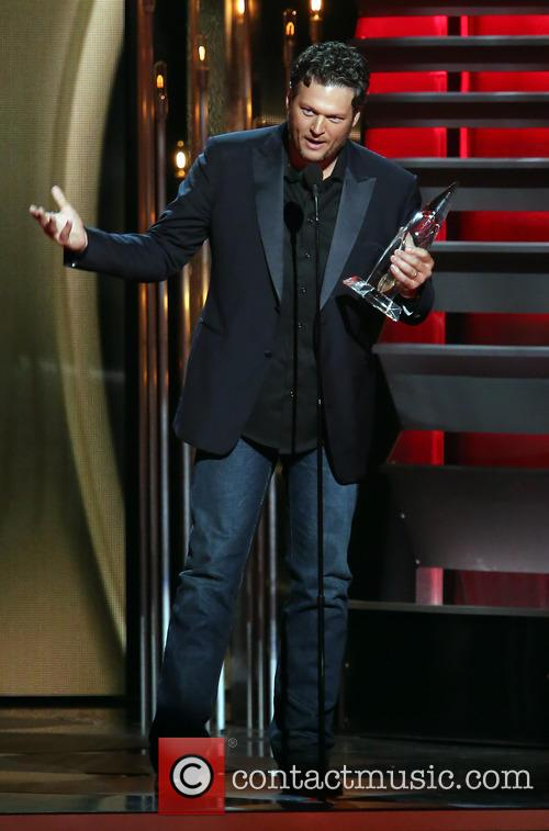 Blake Shelton 47th Cma Awards Show 10 Pictures