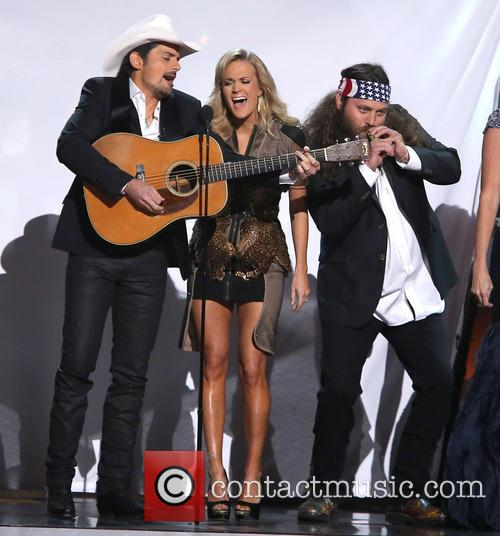 Brad Paisley, Carrie Underwood and Duck Dynasty 8