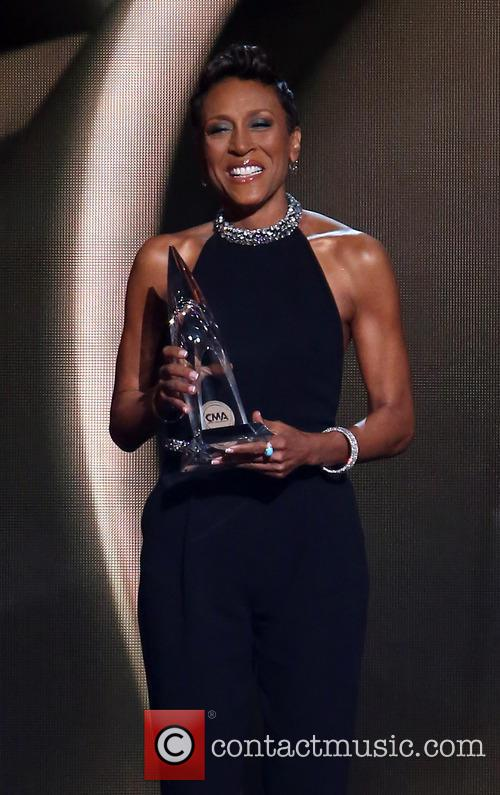 robin roberts 47th country music awards  3940046