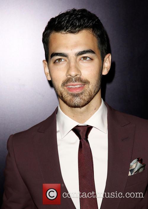 Joe Jonas 15