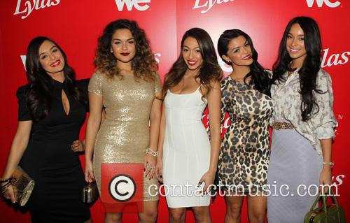 Jaime Kailani Bayot, Presley Hernandez, Tiara Hernandez, Tahiti Hernandez and Guest 6