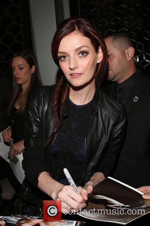 lydia hearst lydia hearst signs autographs at 3942216