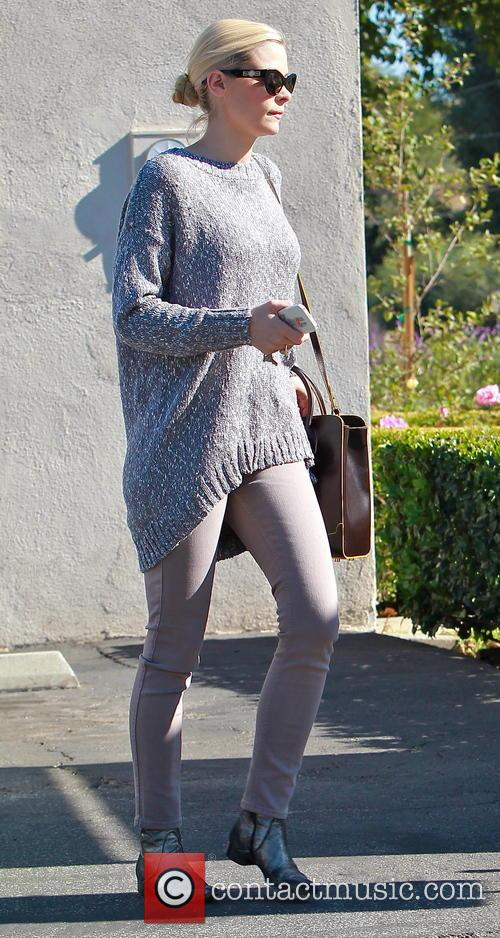 Jaime King visits Sherman Oaks Presbyterian Church