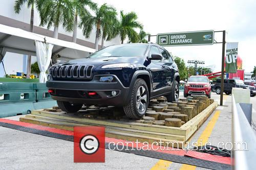 view of a 2014 jeep cherokee miami 3947389