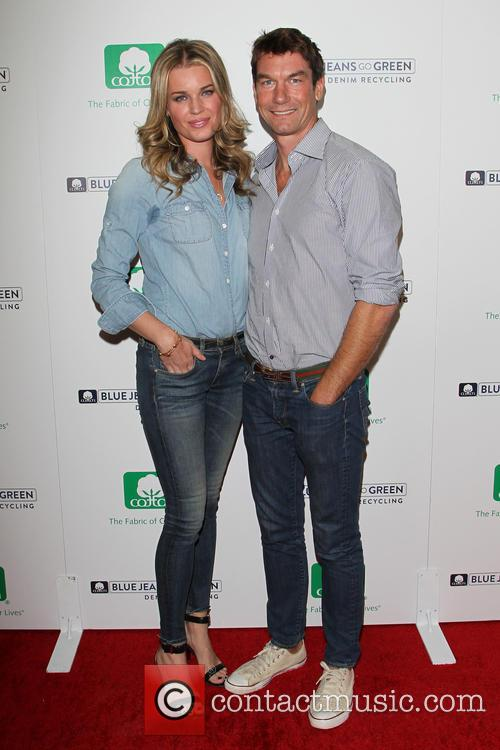 Rebecca Romijn and Jerry O'connell 3