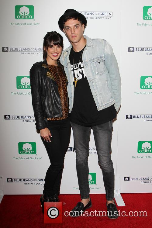 Shenae Grimes and Josh Beech 5
