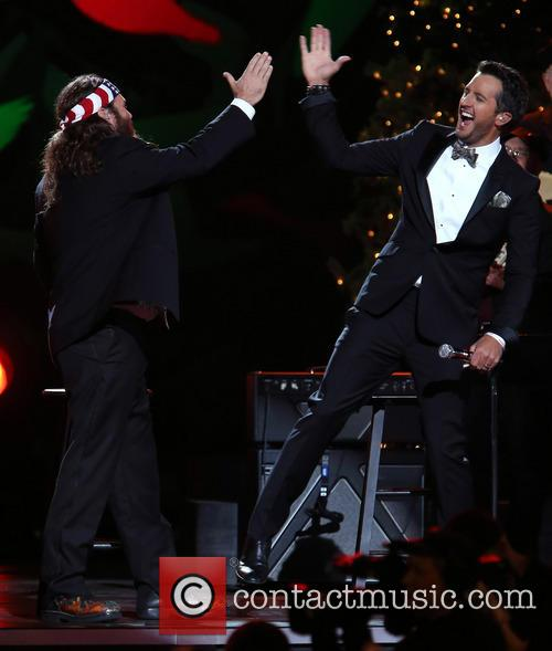 Willie Robertson and Luke Bryan 19