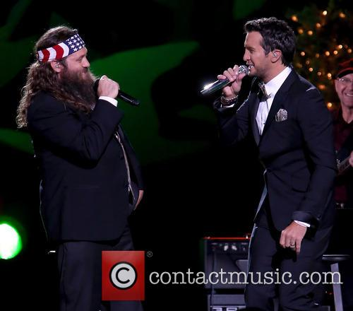 Willie Robertson and Luke Bryan 28
