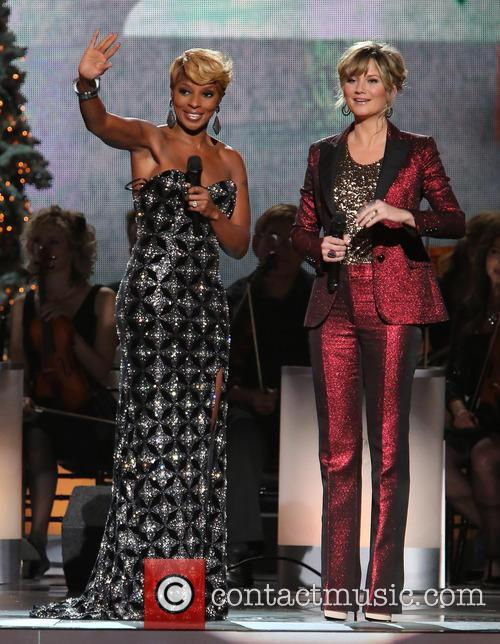 Mary J. Blige and Jennifer Nettles 1