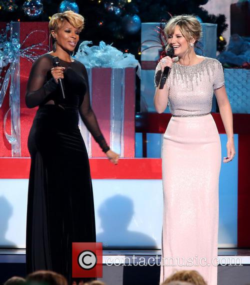 Mary J. Blige and Jennifer Nettles 20