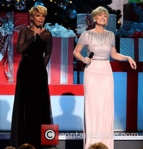 Mary J. Blige and Jennifer Nettles 21
