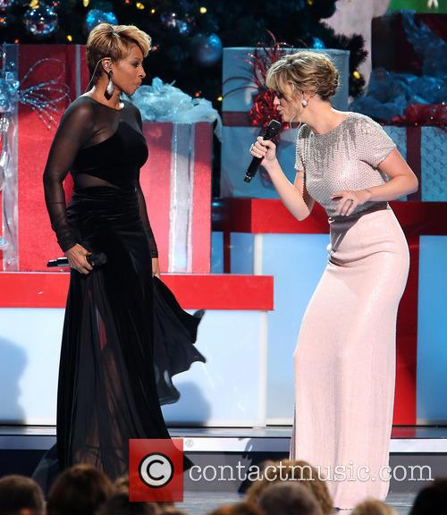 Mary J. Blige and Jennifer Nettles 27
