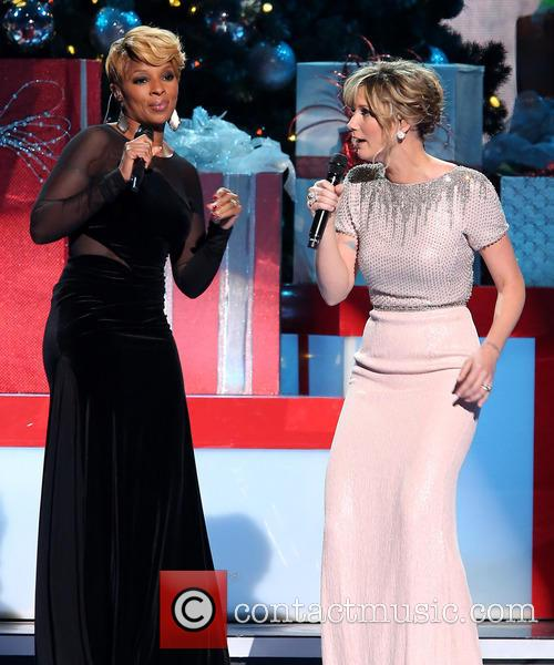 Mary J. Blige and Jennifer Nettles 36