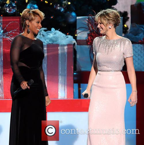 Mary J. Blige and Jennifer Nettles 37