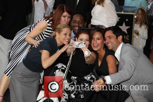 Kate Flannery, Maria Bello, Blair Underwood, Debra Messing, Mariska Hargitay and Danny Pino 2