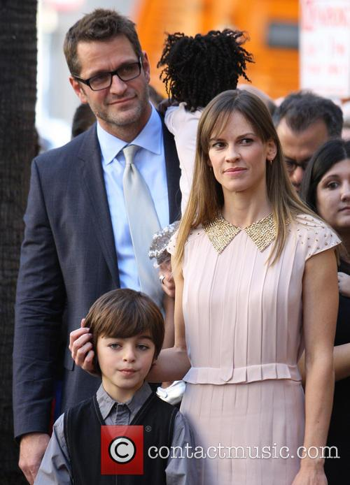 peter hermann hillary swank mariska hargitay honored on 3943437