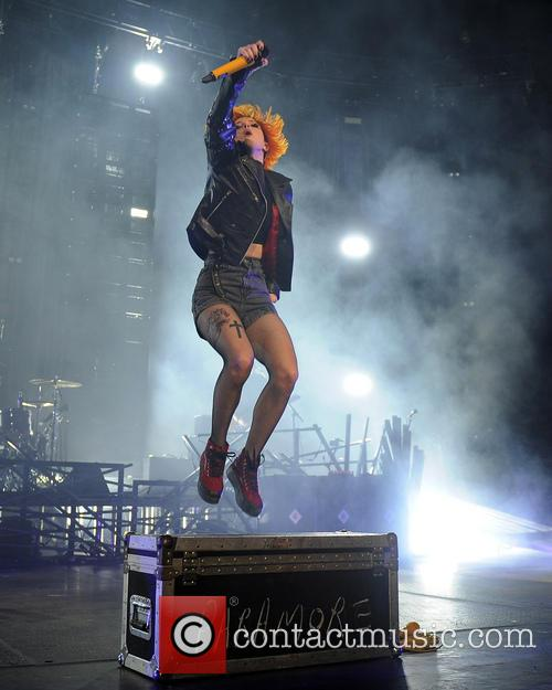 hayley williams paramore live concert 3942607
