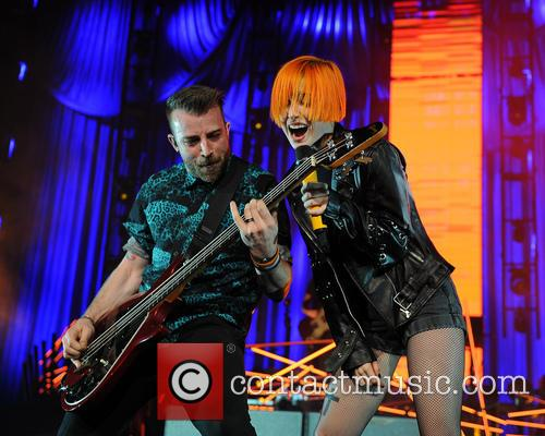 jeremy davis hayley williams paramore live concert 3942622