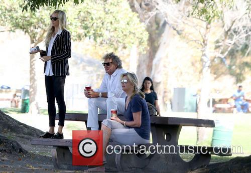 Rod Stewart, Kimberley Stewart and Penny Lancaster-stewart 3