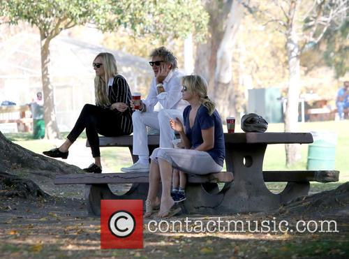 Rod Stewart, Kimberley Stewart and Penny Lancaster-stewart 6