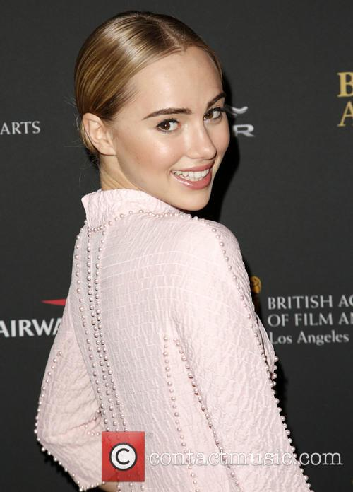 Suki Waterhouse 5