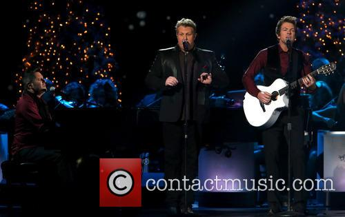 Rascal Flatts, Joe Don Rooney, Gary LeVox and Jay DeMarcus 4