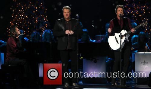 Rascal Flatts, Joe Don Rooney, Gary LeVox and Jay DeMarcus 8