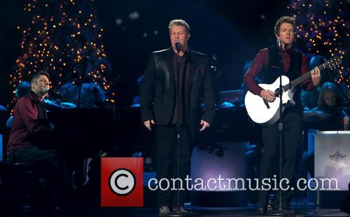 Rascal Flatts, Joe Don Rooney, Gary LeVox and Jay DeMarcus 10