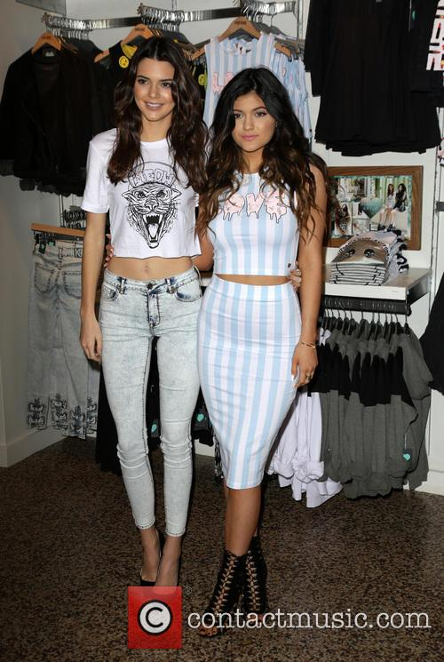 Kendall Jenner and Kylie Jenner 11