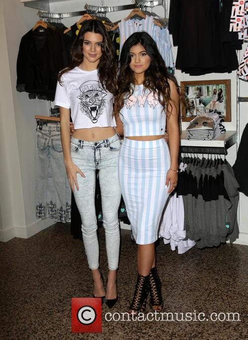 Kendall Jenner and Kylie Jenner 8