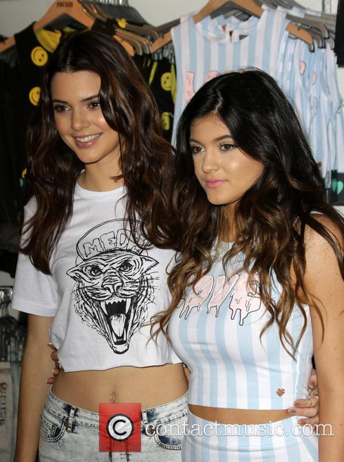 Kendall Jenner and Kylie Jenner 9