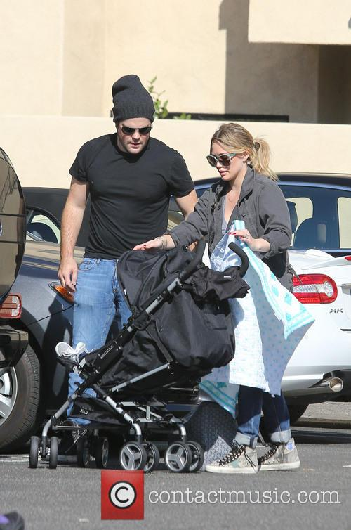 Hilary Duff and Mike Comrie 9