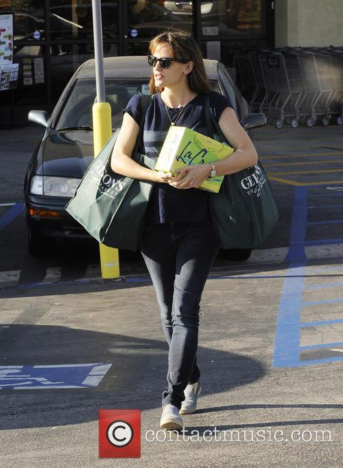 jennifer garner jennifer garner shopping at gelsons 3947210