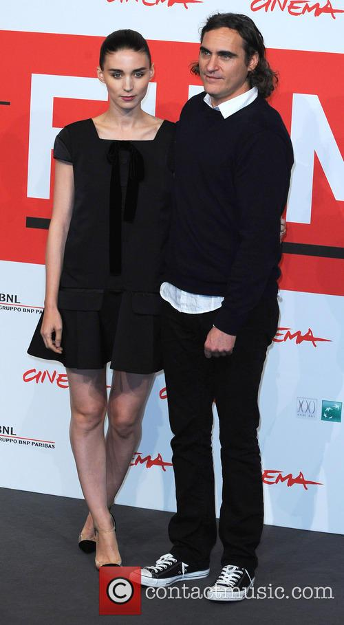 Rooney Mara and Joaquin Phoenix 4