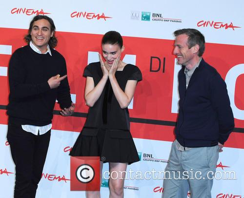 Rooney Mara, Joaquin Phoenix and Spike Jonze 5